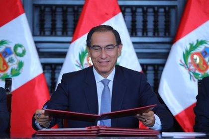 Una congresista opositora denunciará al presidente de Perú por violar la Constitución