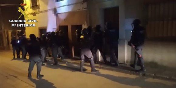 6. Doce detenidos en Sevilla y Córdoba de una red dedicada al narcotráfico
