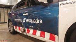 Detingut un conductor ebri, drogat i sense carnet que es va donar a la fuga en un control a Esplugues de Llobregat (ACN)