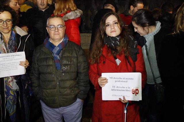 Concentración en apoyo a los periodistas de Europa Press y el Diario de Mallorca