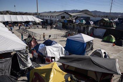 Ansiedad, miedo y mayor riesgo de violencia acechan a los migrantes atrapados en México