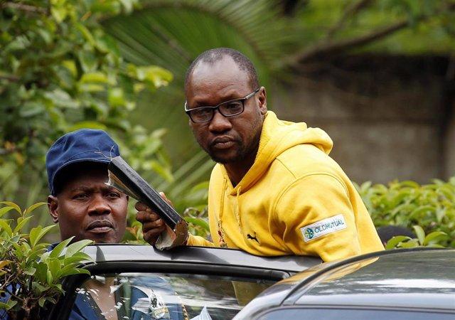 El pastor y activista Evan Mawarire