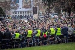 El comitè de vaga del taxi de Barcelona amenaça amb dimitir si s'encallar l'assemblea (EUROPA PRESS)