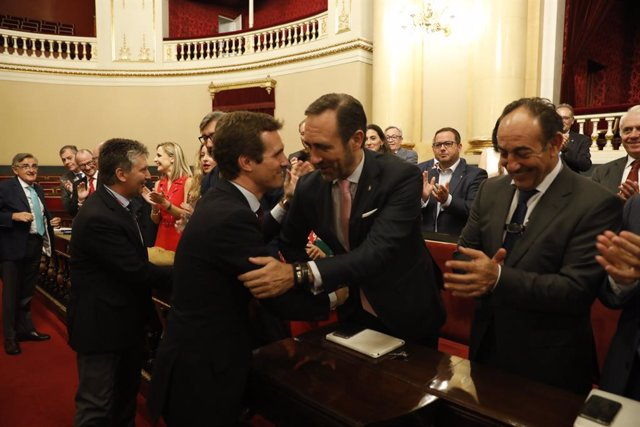 El president del PP, Pablo Casado, presideix una reunió del Grup Popular
