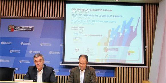 1. Gobierno vasco pospone hasta principios del próximo curso escolar la implantación en las aulas de Herenegun