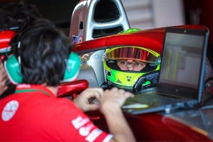 """La Federación Alemana cree que Mick Schumacher da """"un paso adelante en el momento justo"""" al llegar a Ferrari"""