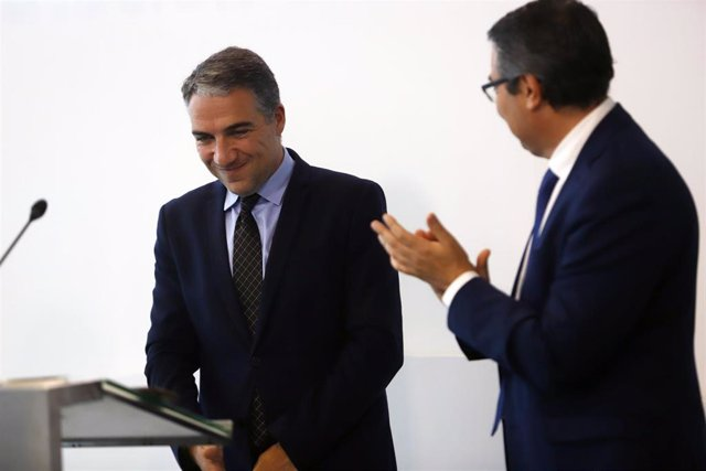 Salado presidente Diputación Málaga aplaude al expresidente y consejero Bendodo
