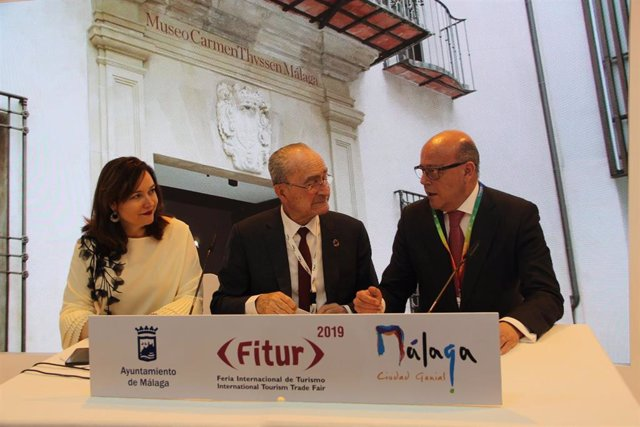 MARTIN ROJO ALCALDE CON santiago vallejo movelia acuerdo fitur