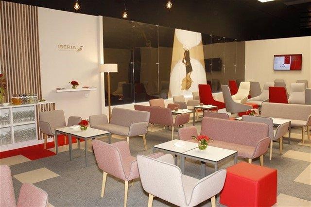 Iberia participa en la Mercedes Benz Fashion Week de Madrid