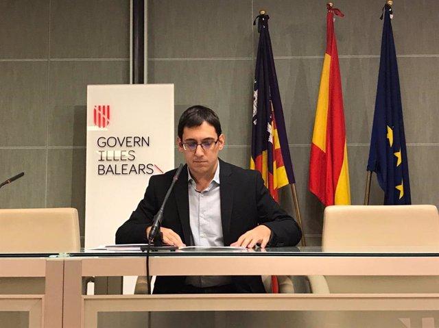 El conseller de Trabajo, Comercio e Industria, Iago Negueruela,