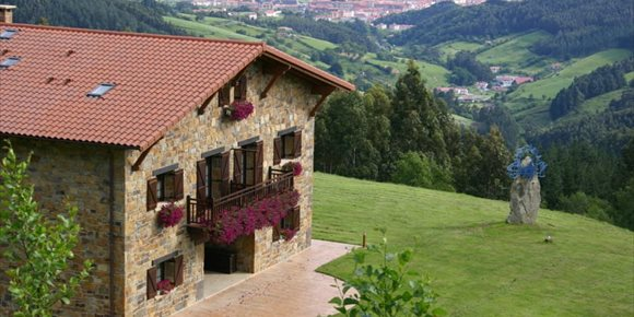 8. La casa rural 'Lurdeia' de Bermeo (Bizkaia), galardonada por Tripadvisor como el número 1 del mundo por calidad-precio