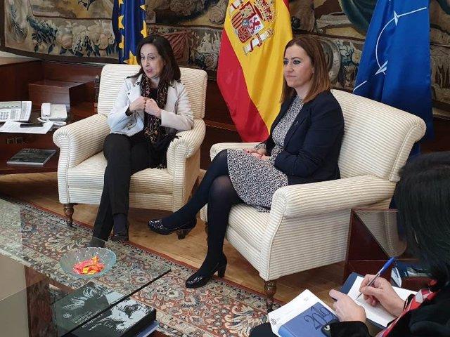 Reunión De Margarita Robles Y Virginia Barcones.