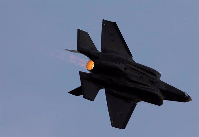 Un avión de combate F-35 de la Fuerza Aérea Israelí