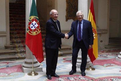 Borrell cree que aún hay que aclarar la apuesta por un Ejército europeo y Portugal recuerda que no se sumará