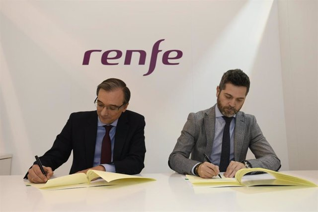 Fotografía Acuerdo Ayto+Renfe. Fitur 2019