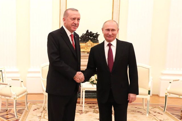 Turkish President Erdogan visits Russia