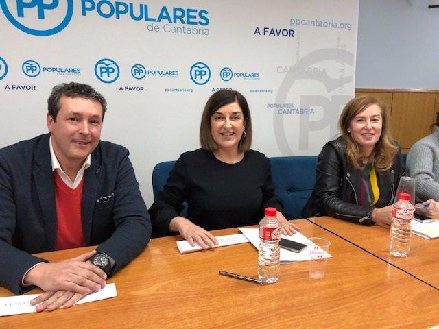 Íñigo Fernández, MJ Buruaga y MJ González Revuelta