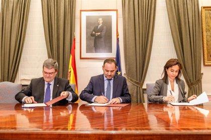 Ábalos y el alcalde de Bilbao suscriben un Protocolo para la Integración del Ferrocarril en Zorrotza