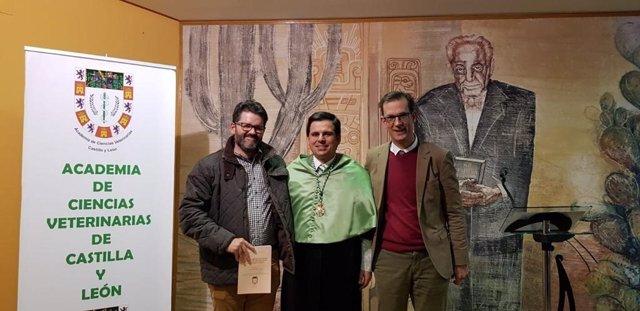 El doctor en veterinaria Carlos Díez Valle ingresa en la ACVCyL