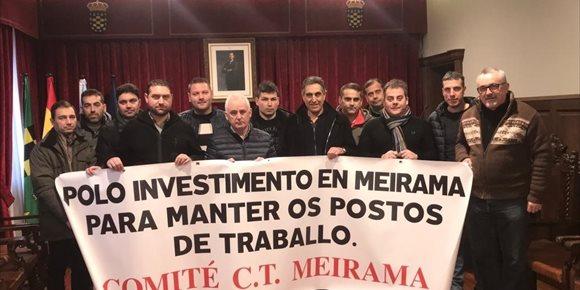 5. El comité de Meirama se encierra en el Ayuntamiento de Ordes