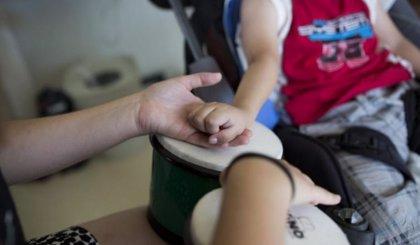 """España está """"muy lejos"""" de EEUU o Reino Unido en implantar la musicoterapia en cuidados paliativos"""