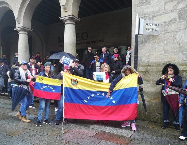 Venezolanos concentrados en Santiago de Compostela