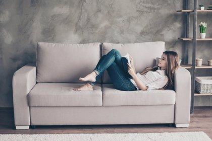 Solo en casa: atrincherado en el sofá