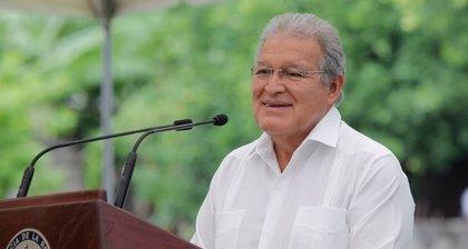 """El Salvador traslada su """"total apoyo"""" a Maduro y llama al diálogo para resolver la crisis en Venezuela"""