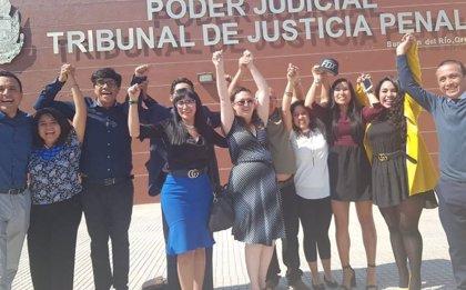 Liberan en México a una mujer que fue condenada a 16 años de cárcel por un parto espontáneo