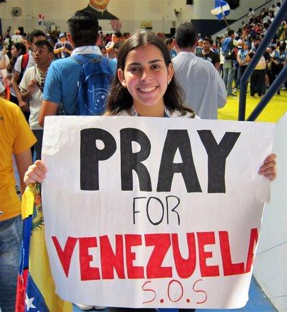 Jóvenes venezolanos presentes en la JMJ siguen con expectación los acontecimientos en su país