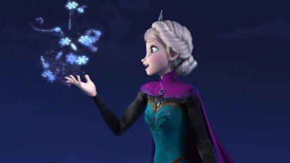 Vídeo: La valiosa lección de un padre a su hijo disfrazados de Elsa de Frozen y cantando Let It Go
