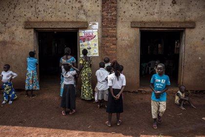 El ébola se extiende a una zona de riesgo en República Democrática del Congo