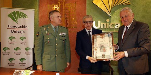 8. La Fundación Unicaja convoca un premio de periodismo para reconocer trabajos sobre las misiones de la Legión