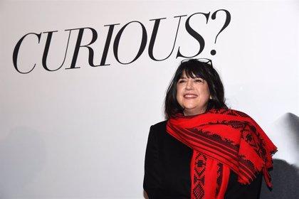 La autora de Cincuenta Sombras de Grey ya tiene nueva novela erótica, The Mister