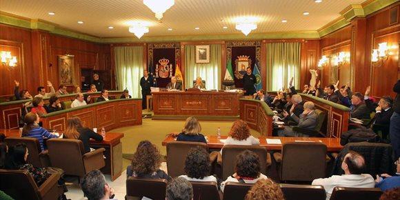 3. PP, PSOE y OSP aprueban pagar 12 millones de euros para liquidar una deuda generada por el GIL en Marbella