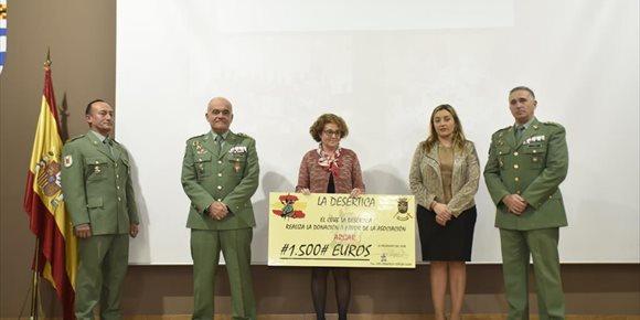 1. La Legión reconoce a la Diputación de Almería por su implicación en 'La Desértica'