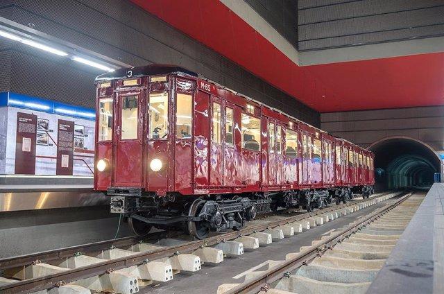 Vagón clásico de Metro de Madrid