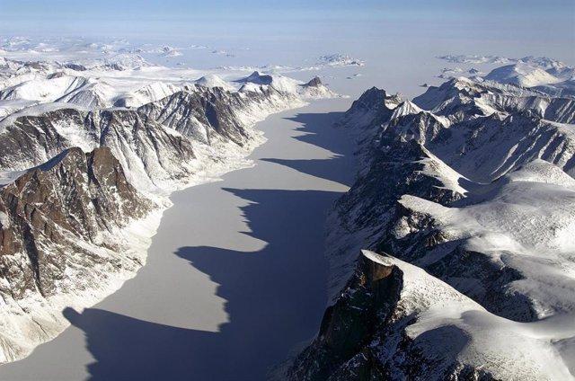 Antiguo lecho glacial en la isla de Baffin