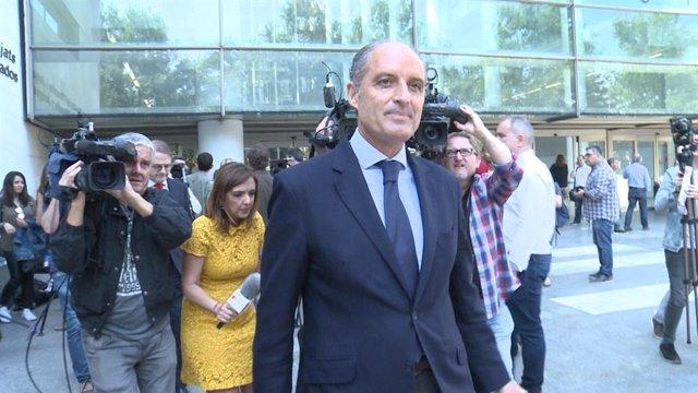 Francisco Camps, a la seua eixida de la Ciutat de la Justícia després de declara