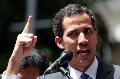 Guaidó aboga por un gobierno de transición y elecciones libres en Venezuela
