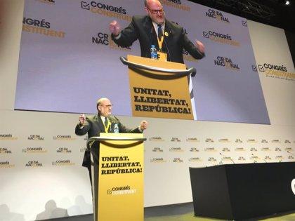 Comença el congrés fundacional de La Crida presidit per Eduard Pujol