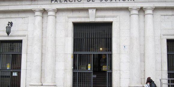 9. Los 'Paturros' acusados de narcotráfico y tenencia de armas pactan casi 20 años en penas