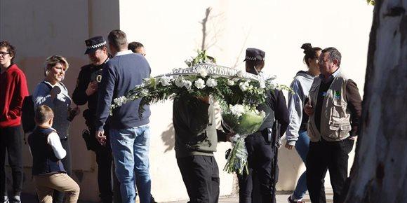 3. Concluye la autopsia de Julen y el cuerpo es trasladado hasta el tanatorio de la barriada malagueña de El Palo