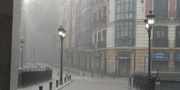 3. El tiempo se iniciará nuboso este sábado en Euskadi y se abrirán claros por la tarde