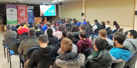 9. CCOO en Jaén impulsa una campaña con talleres para complementar la formación de estudiantes de FP