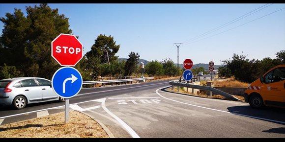 3. Dos varones fallecidos en un choque frontal en la carretera de Sa Pobla-Pollença