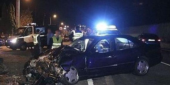 7. Dos jóvenes de 19 y 22 años, heridos en un accidente en la A-601 de Valladolid