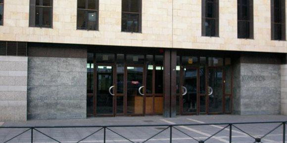 4. Suspenden el juicio contra el acusado del martillazo a un estanquero
