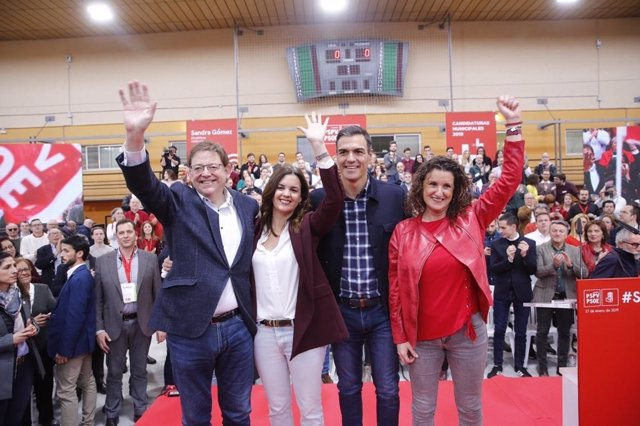 Acto del PSOE en el polígono del Cabanyal con Sandra Gómez, Pedro Sánchez, Ximo