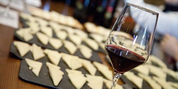 1. Segura y Cerdeño ponen el sello gastronómico de C-LM en Madrid Fusión a través del queso